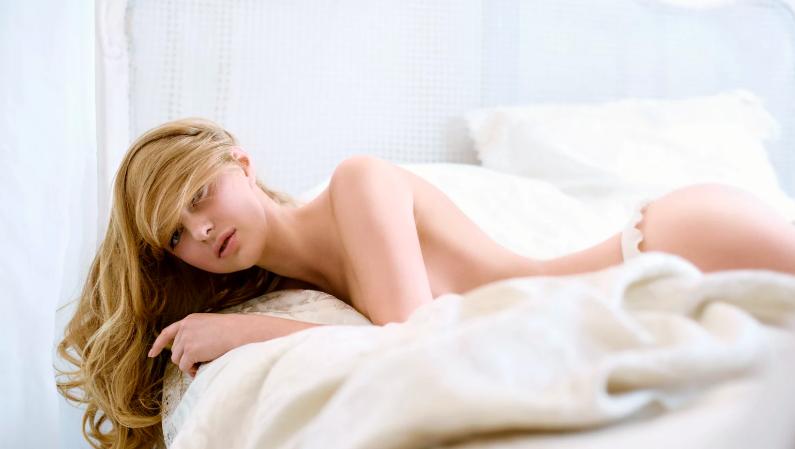 zużyta czarna cipka młodzi masaż seks