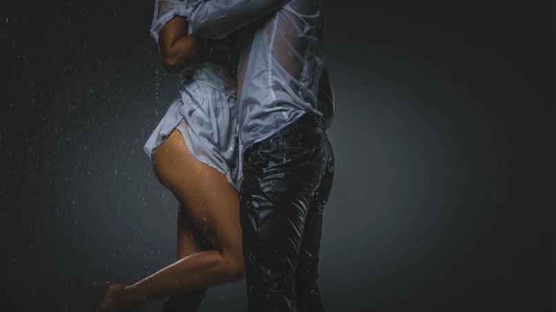 Gorące pozycje seksu analnego