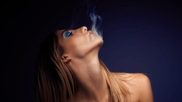 Seks po marihuanie. Zalety i wady seksu na haju